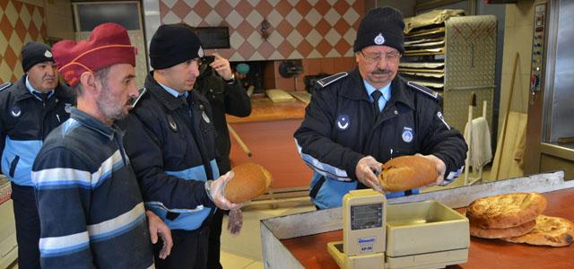 Zabıta Ekiplerinden Ekmek Gramajlarını Kontrol Denetimi