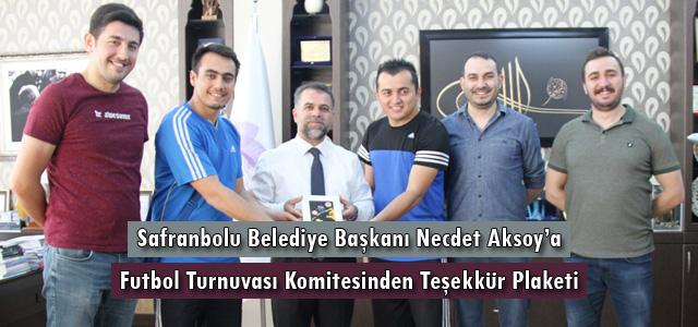 Başkan Aksoy'a Teşekkür Plaketi