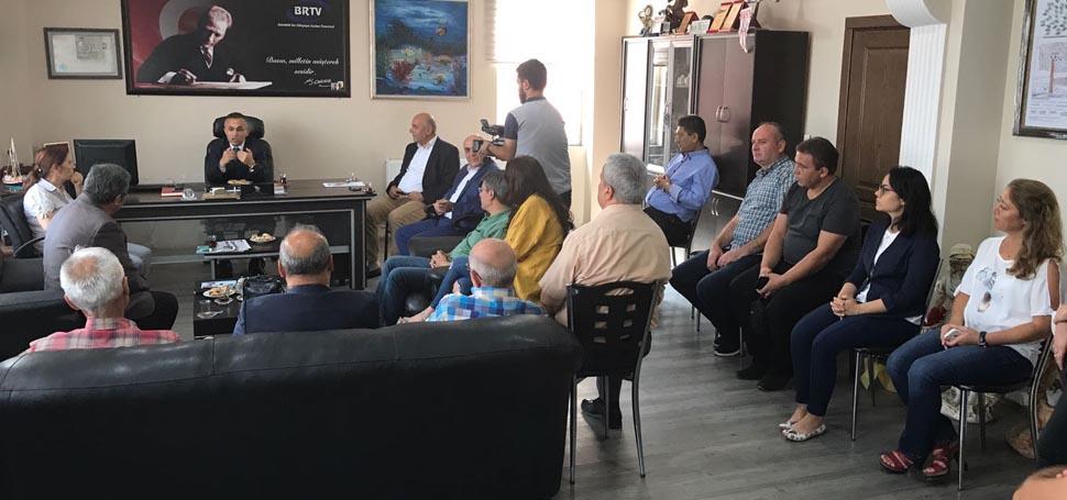 Vali Kemal Çeber Karabük Gazeteciler ve İletişim Derneği'ni ziyaret etti