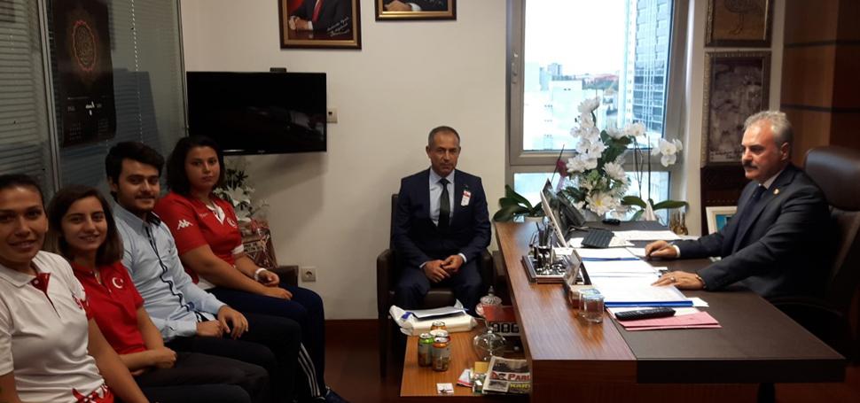 Antrenör ve Milli Sporculardan Milletvekili UYSAL'a Ziyaret