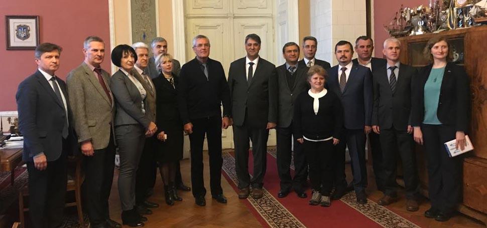 Rektör Prof. Dr. Refik Polat Ukrayna'da önemli iş birliklerine imza attı