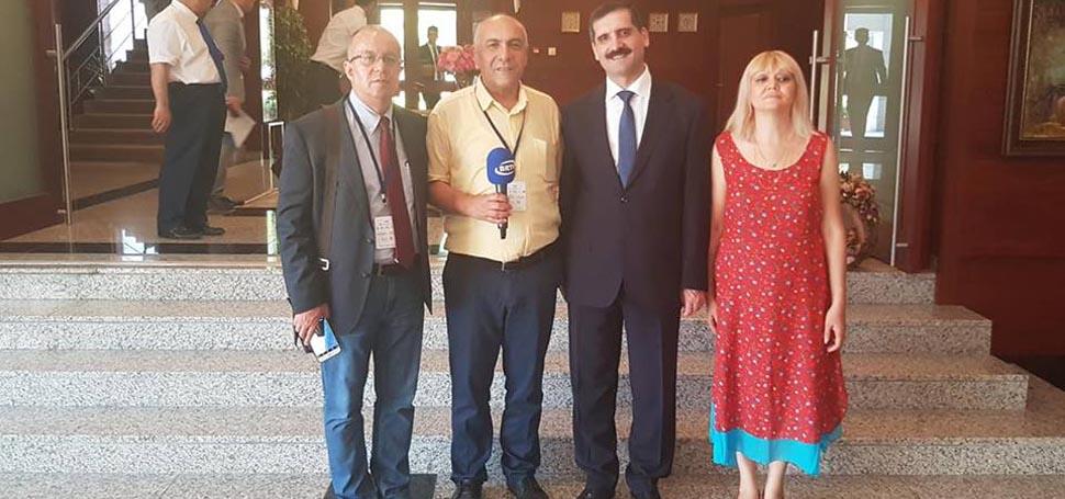 Gazeteciler Azerbaycan'da