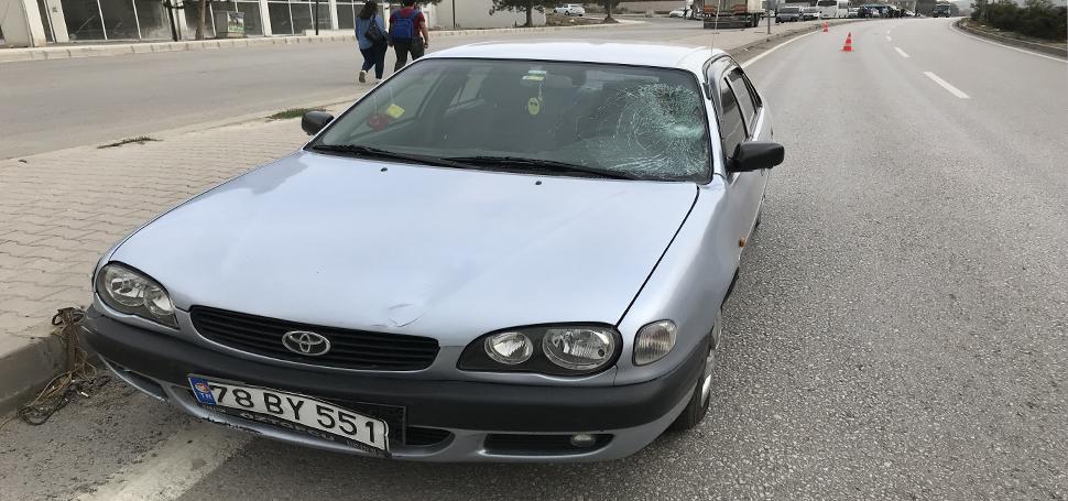 Karabük'te otomobilin çarptığı kişi ağır yaralandı