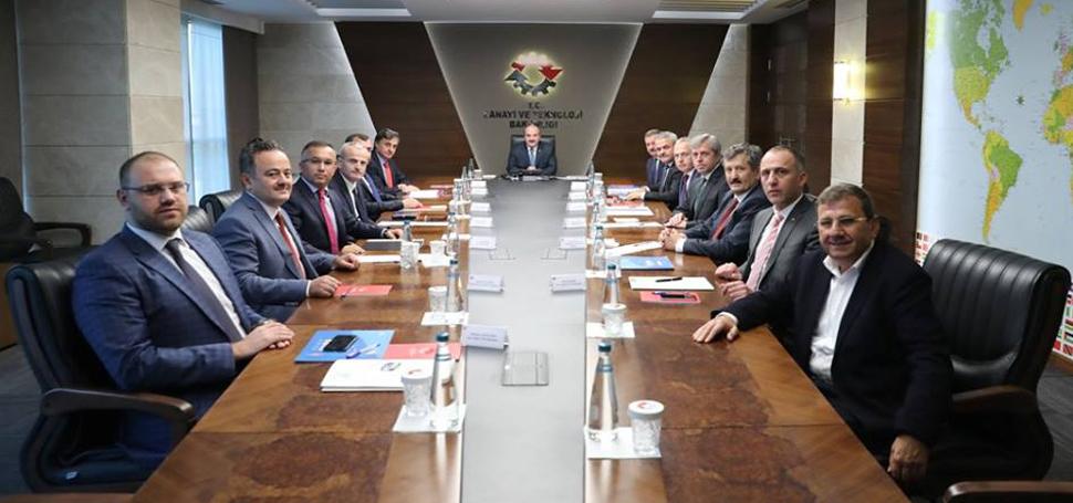 Bölge Heyeti, Sanayi ve Teknoloji Bakanı Varank'ı ziyaret etti