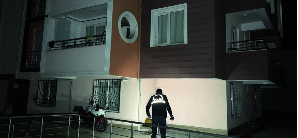 İkinci Kattaki Balkondan Atlayan Asker Kaçağı Yaralandı