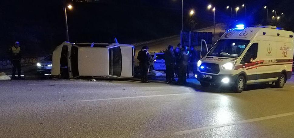 Karabük'te otomobil devrildi: 3 yaralı