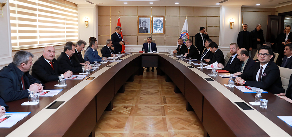 Sağlık Bakanı Fahrettin Koca Karabük Valiliğini ziyaret etti