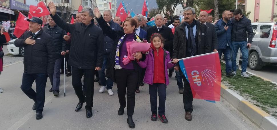 """MİLLET İTTİFAKI SAFRANBOLU""""DA YÜRÜYÜŞ DÜZENLEDİ"""