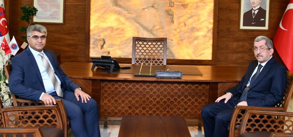 Vali Fuat Gürel'den Başkan Vergili'ye Hayırlı Olsun Ziyareti