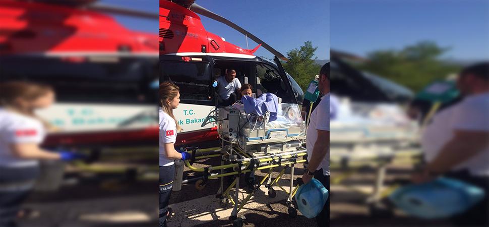 Ambulans helikopter 5 günlük bebek için havalandı