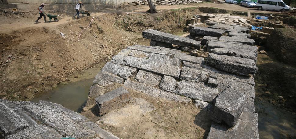 Tarihi Roma Köprüsü Gün Yüzüne Çıkarılıyor