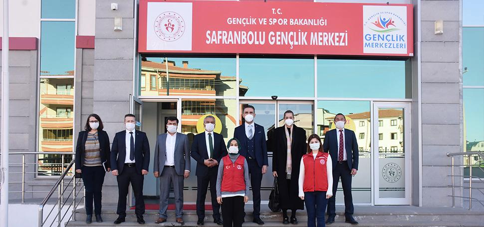 Gençlik ve Spor Bakanlığı daire başkanları Karabük'te ziyaret ve incelemelerde bulundu
